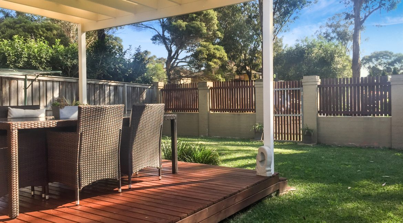 Yard with patio